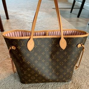 MORE PHOTOS OF LV NEVERFULL